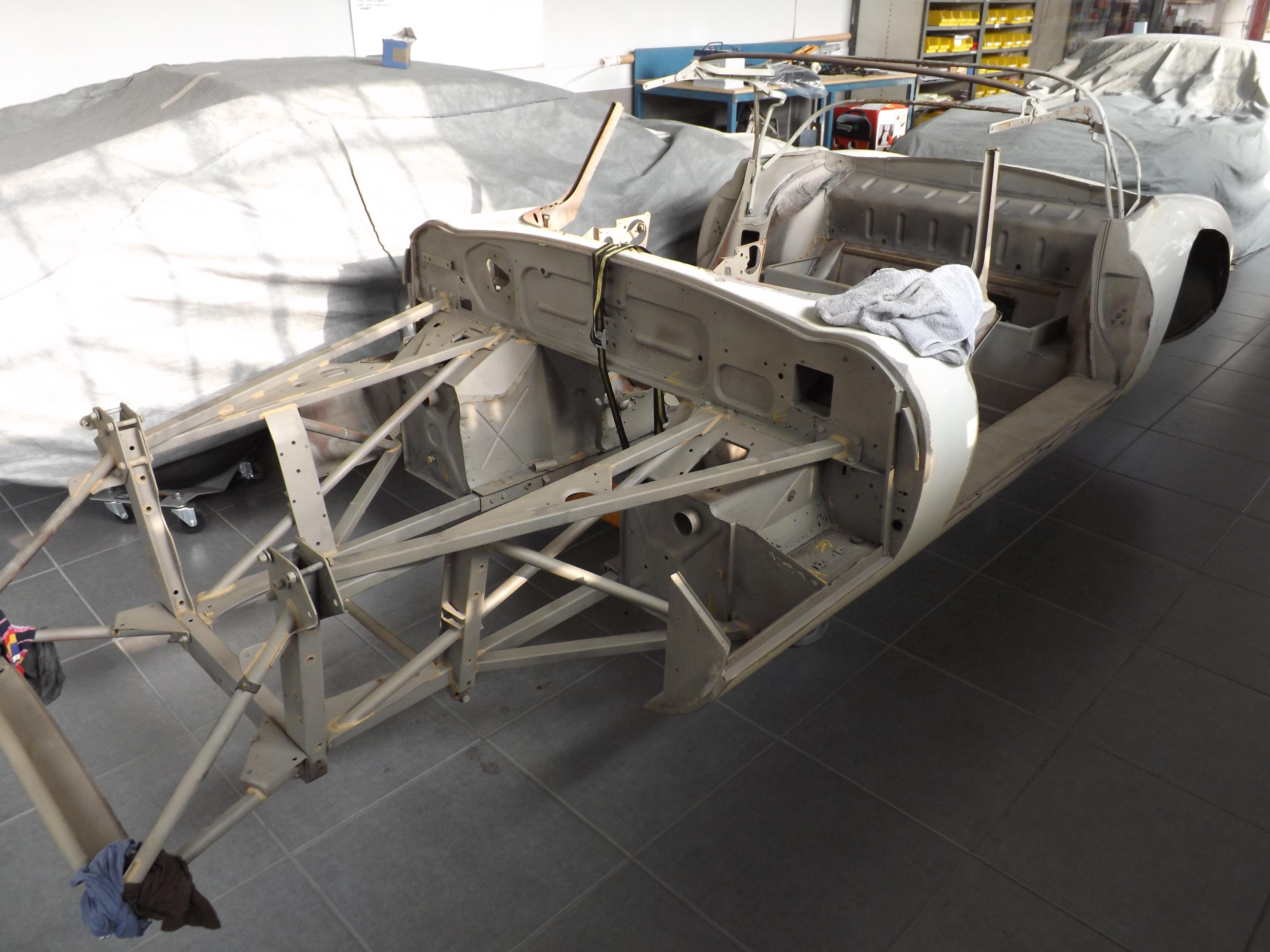 Jaguar Etype Series 3 Roadster Sandblasted