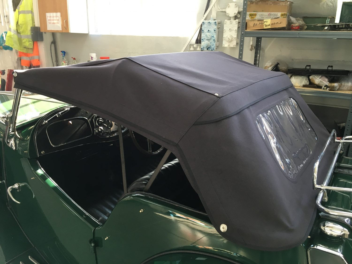 MGTD Competition Double Duck Hood