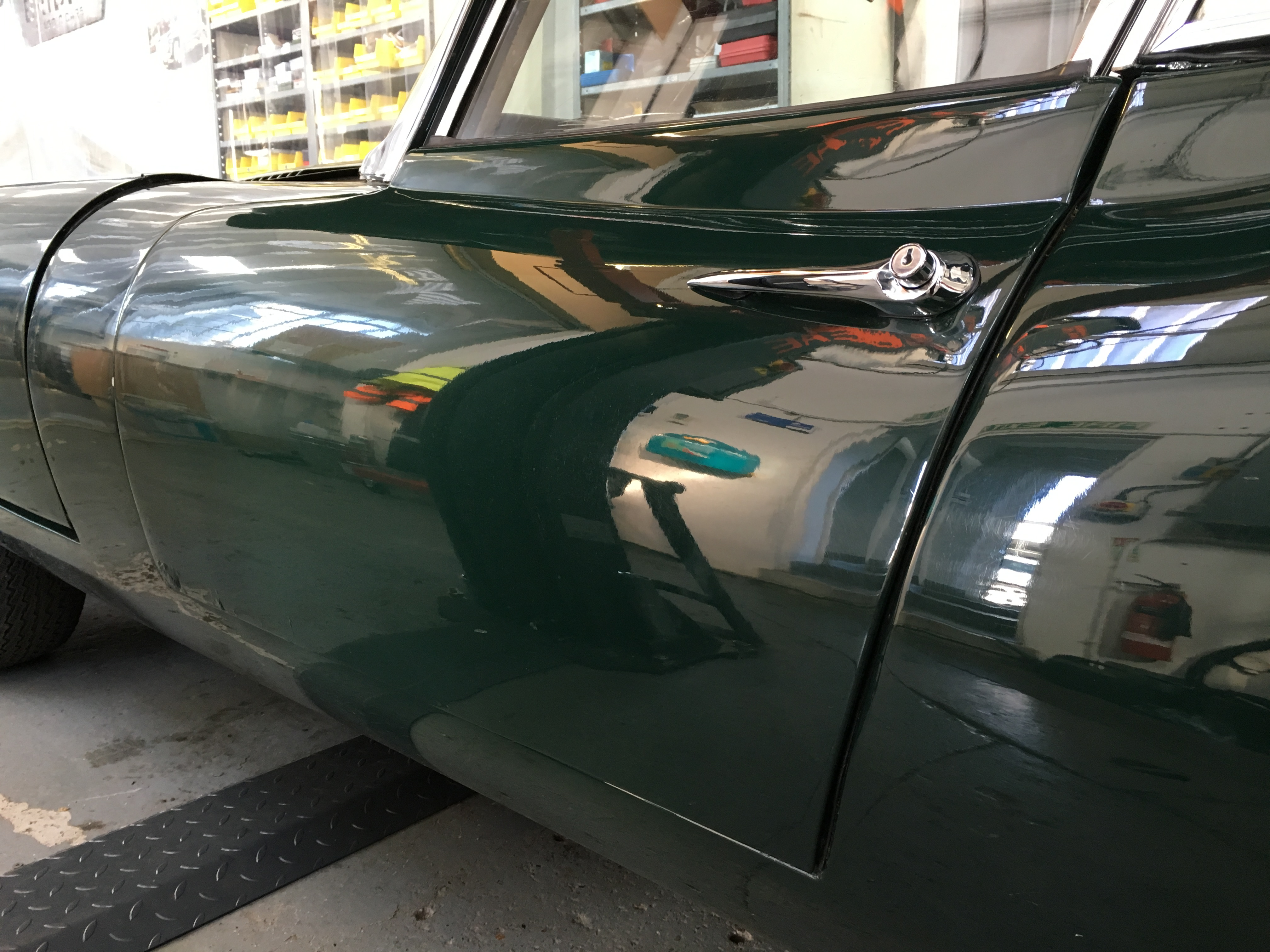 Fitting handles and locking mechanism to a Jaguar E-Type