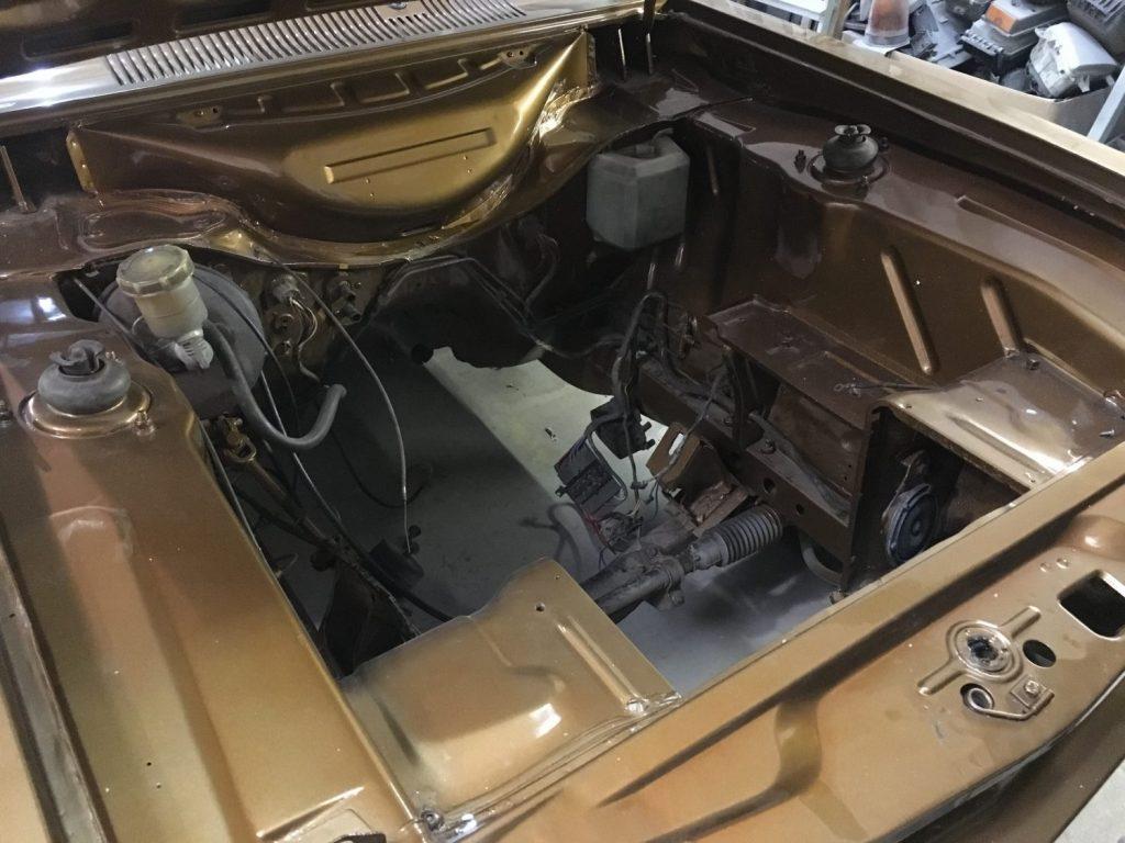 1971 Ford Capri Engine Respray
