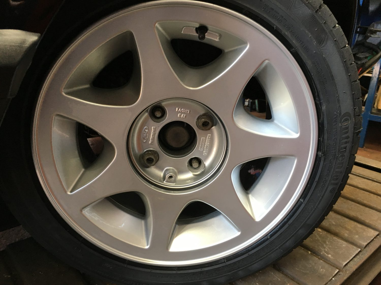 Refurbishing Our Ford Capri Wheels Bridge Classic Cars - Classic car wheels