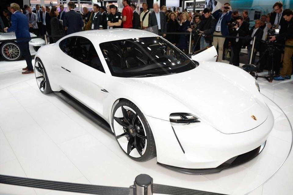 Introducing Porsche: Mission E