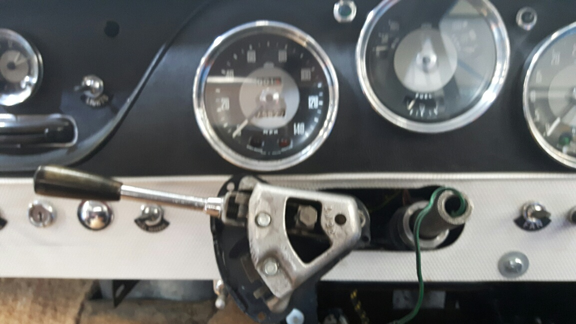 Jensen 541S: fitting up the new power steering