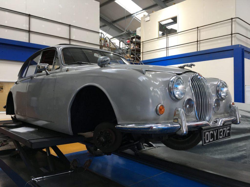 Unseizing the Jaguar 240 Brakes