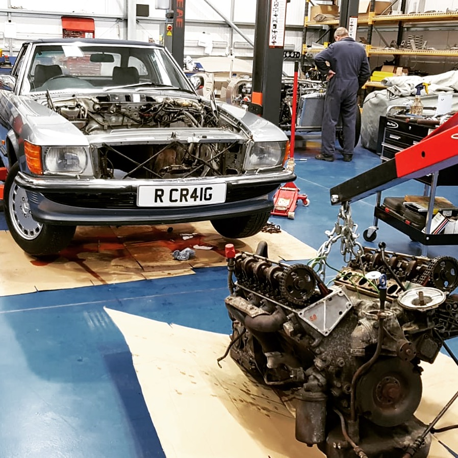 our 500SL engine is now out and ready for rebuild