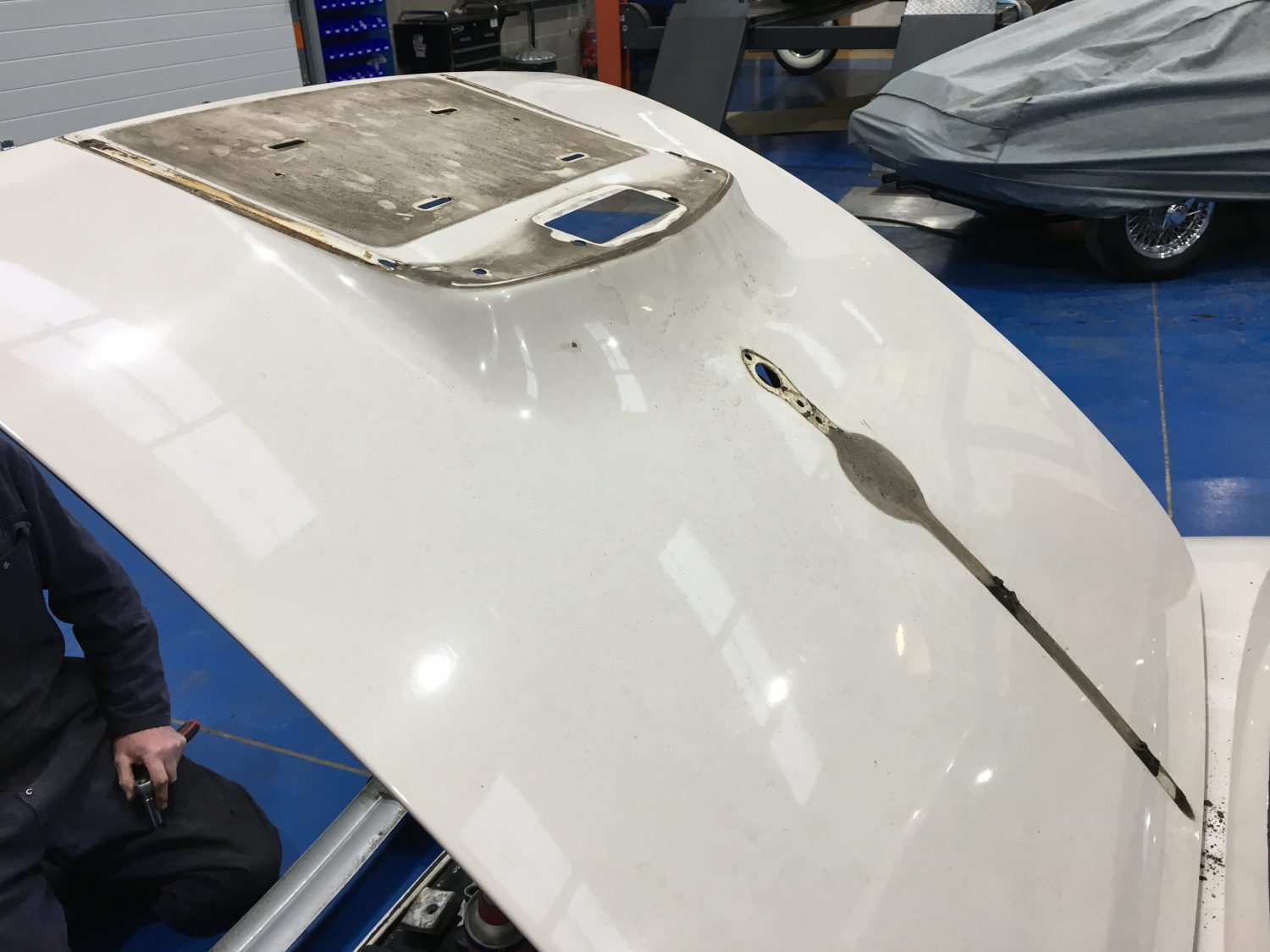 De-chroming our 1961 Jaguar XK150S
