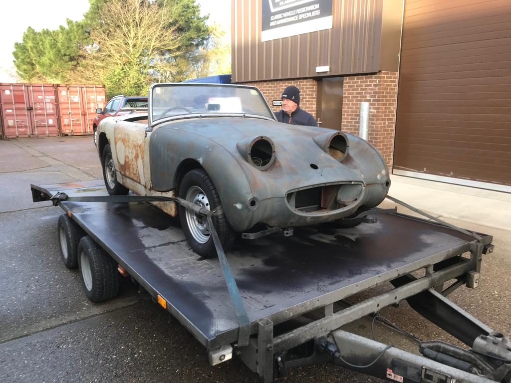 Arrival of our 1960 Austin Healey Frogeye Sprite