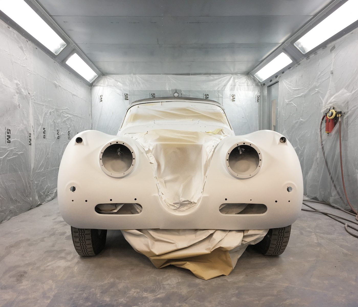 Jaguar XK150S ready for paint