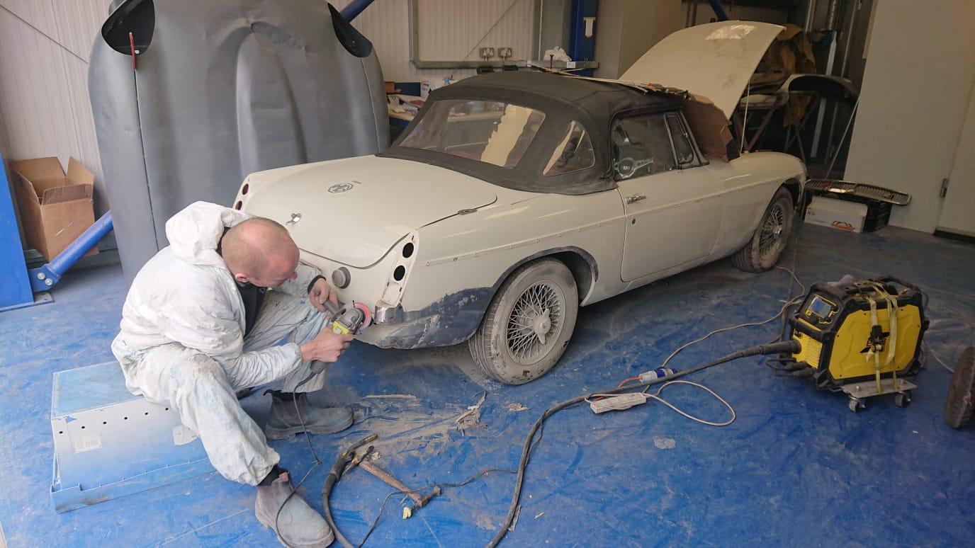 MGB preparing for paint