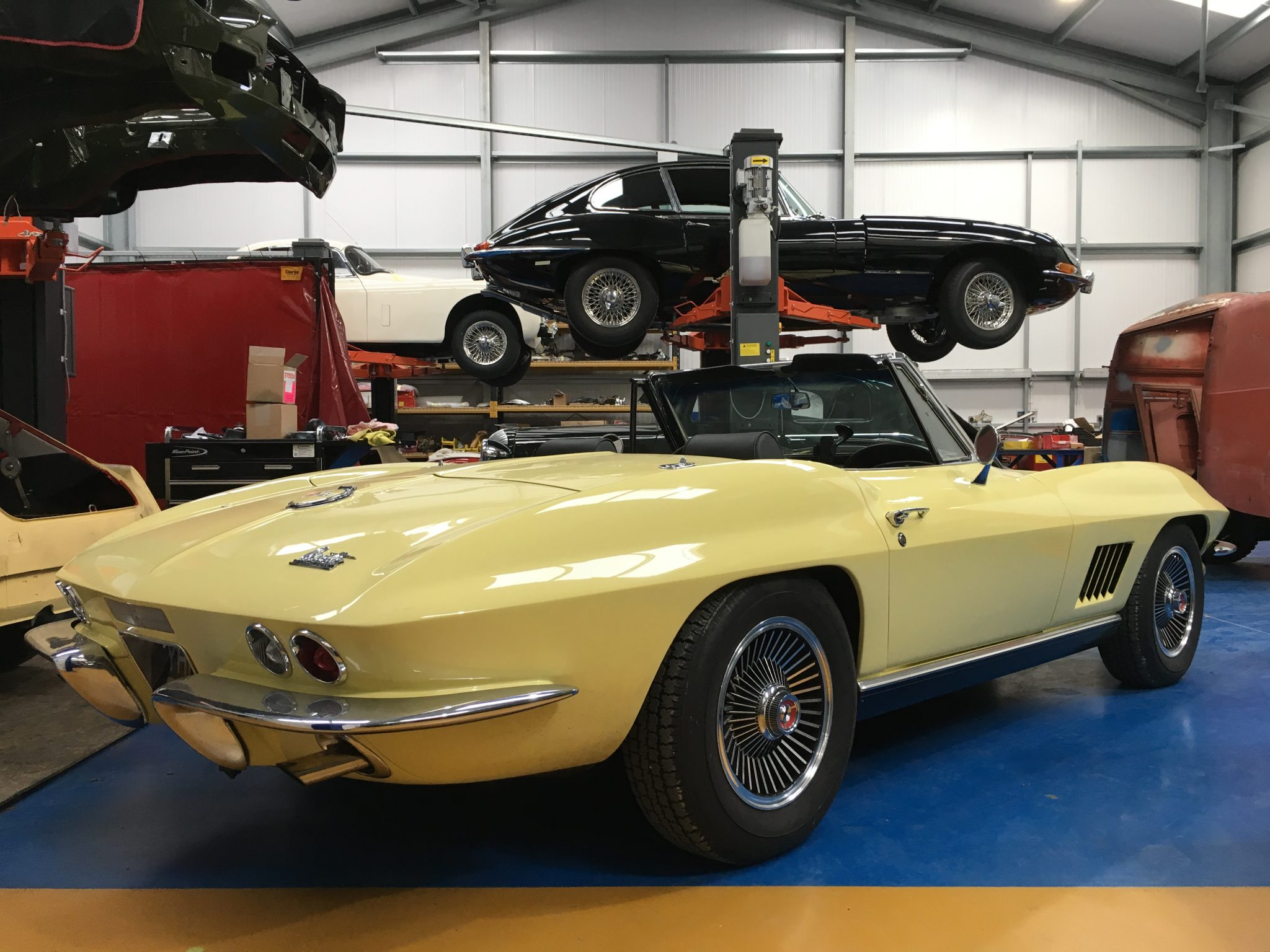 Corvette C2 Special Order: Manual Choke