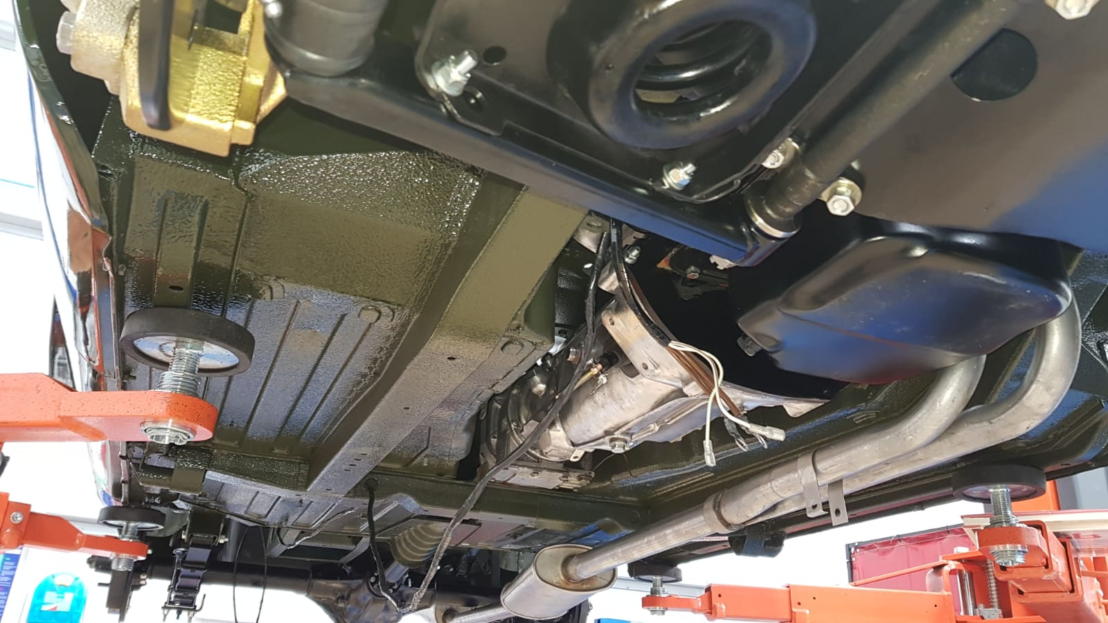 MGB: Brakes and Exhaust refit