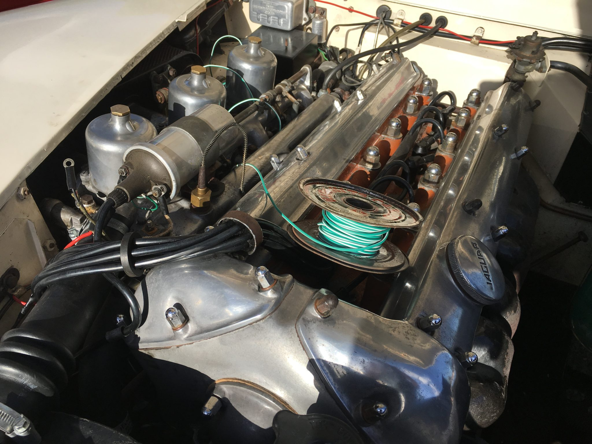 Jaguar XK150 carbs are clogging up