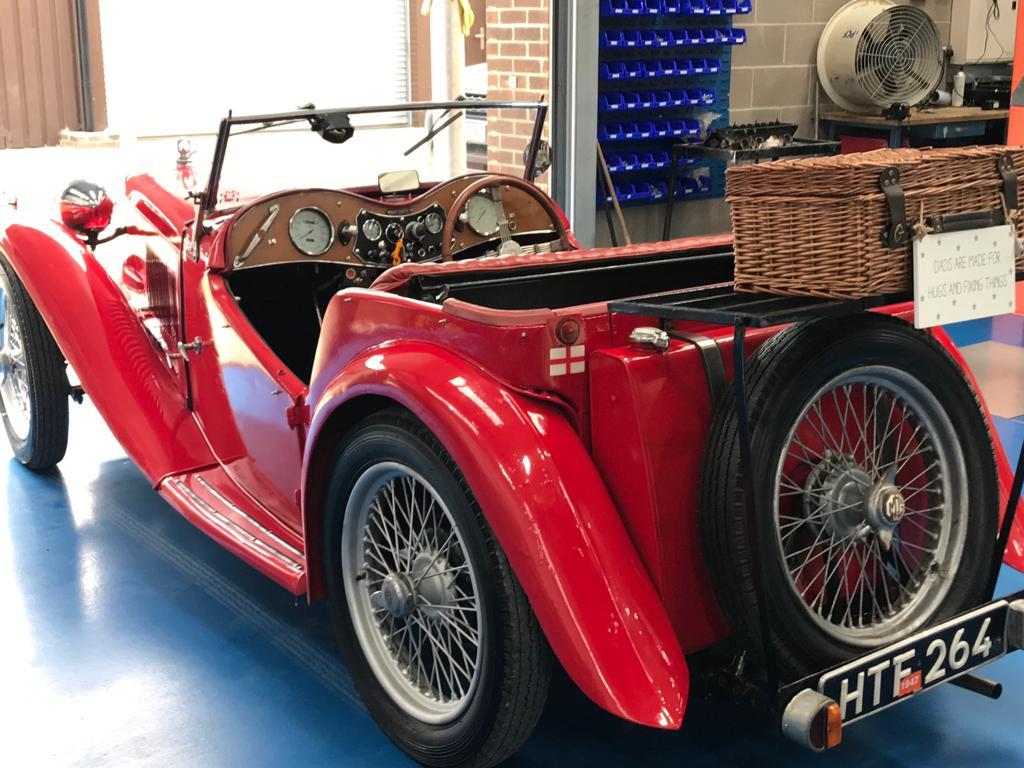 1947 MG TC Valet