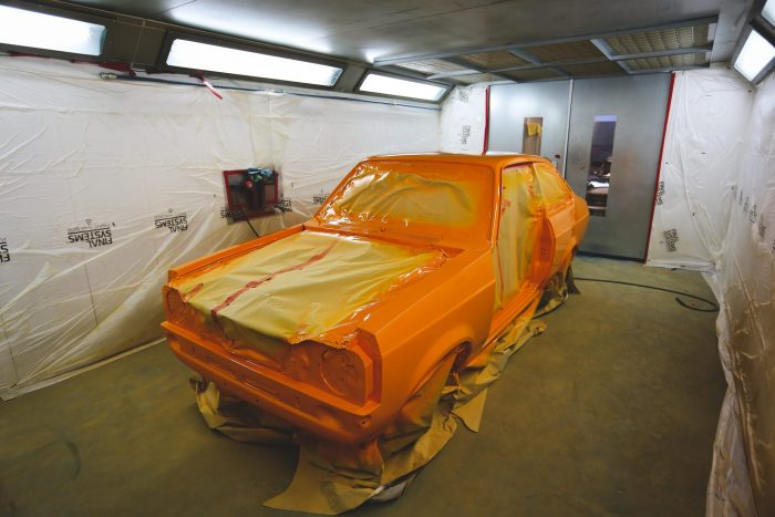 Ford Escort RS2000 Re-paint