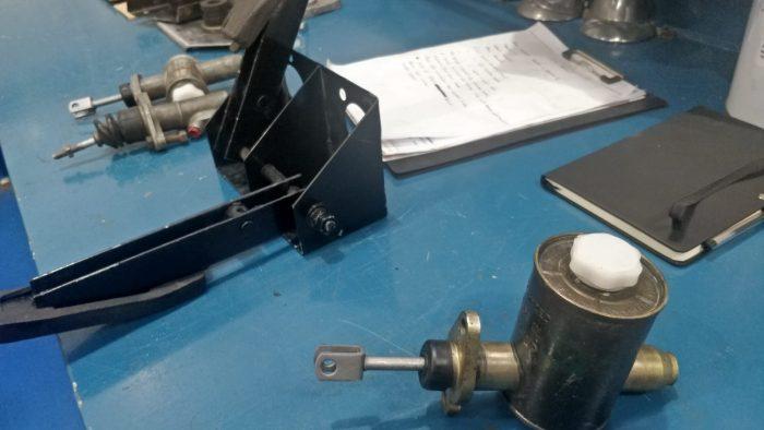 TVR Grantura Brake and Clutch Cylinder Rebuild