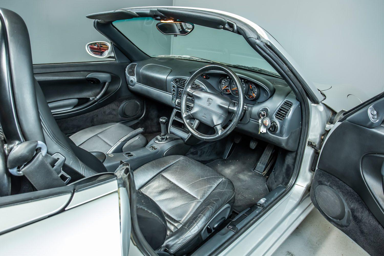 1998 Porsche Boxster 2.5l17