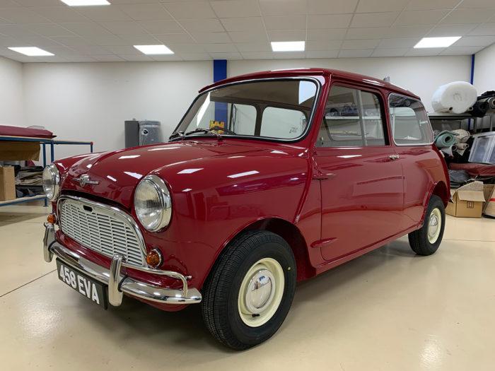 1961 Morris Mini Deluxe