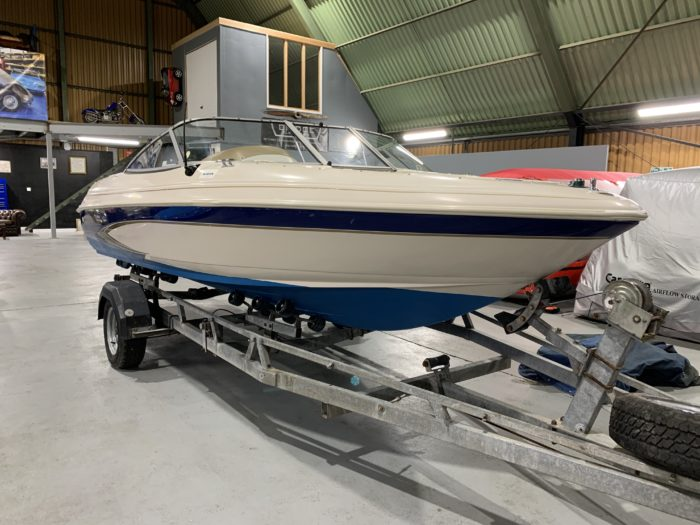 Glastron Sea Ray Bow Rider Mercruiser