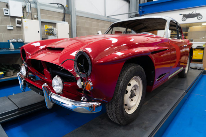1960 Jensen 541S (Peony Red)